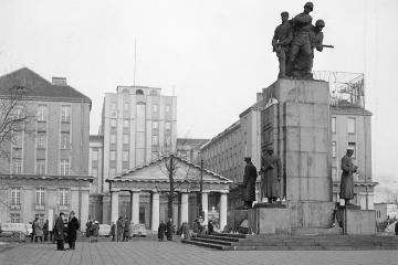 Zniewolenie Warszawy 17 stycznia 1945