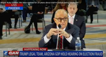 Rudy Giuliani przed komisj Senatu Arizona